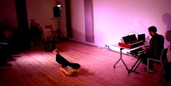The Crossroads Studio Loos (15)