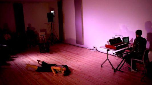 The Crossroads Studio Loos (17)